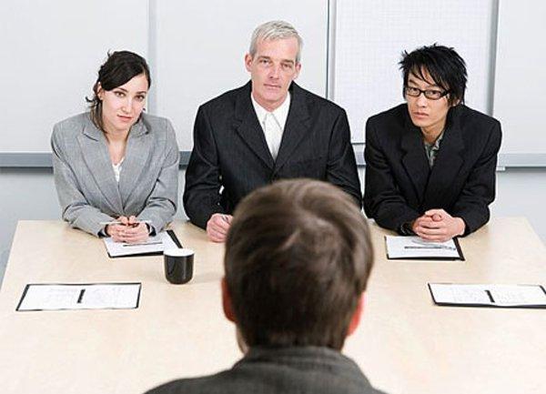 Vượt qua đòi hỏi kinh nghiệm của nhà tuyển dụng