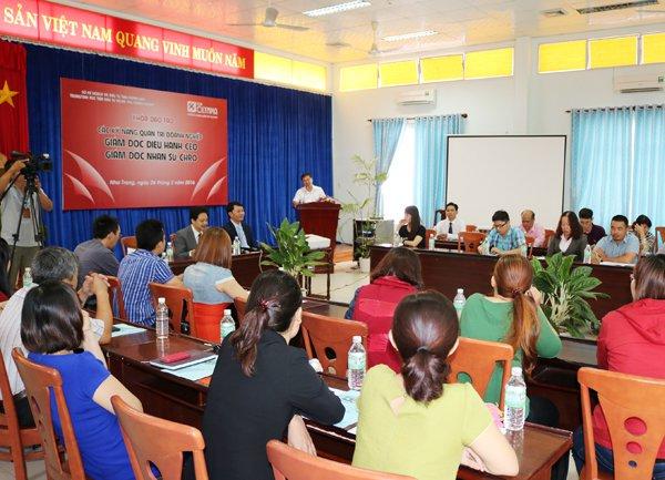 Khai giảng khóa đào tạo quản trị doanh nghiệp tại Nha Trang
