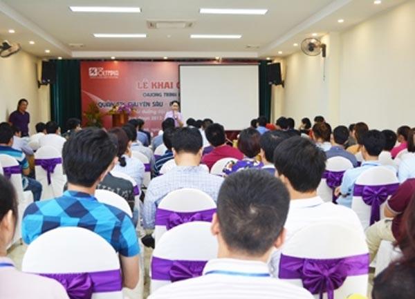 Khai giảng lớp bồi dưỡng Quản trị doanh nghiệp chuyên sâu CEO tại Vinh