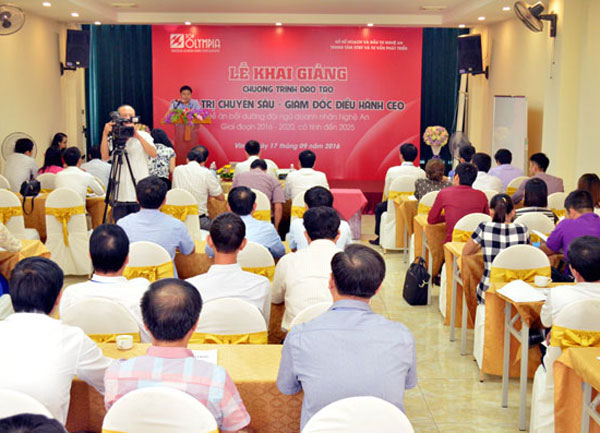 Khai giảng lớp Giám đốc điều hành - CEO K09 tại Nghệ An