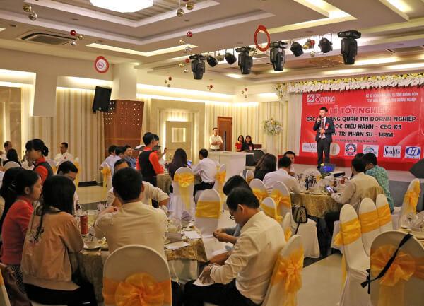 Bế giảng chương trình đào tạo Giám đốc điều hành K03 tại Khánh Hòa