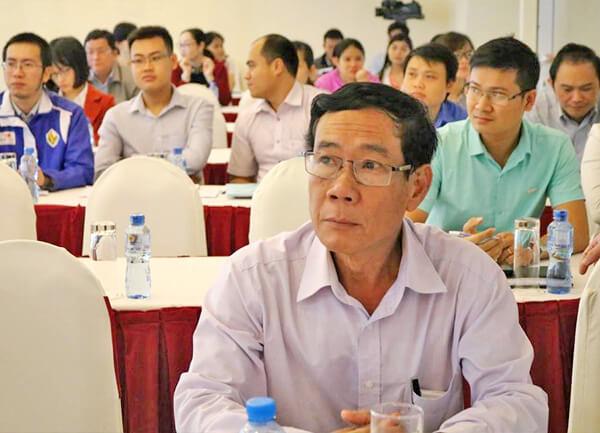 Nâng cao năng lực cán bộ làm công tác trợ giúp phát triển DNNVV tại tỉnh Phú Yên