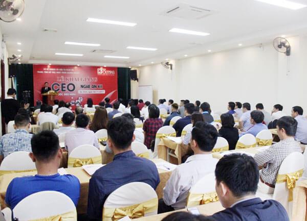Khai giảng lớp Giám đốc Điều hành CEO K11 tại Nghệ An