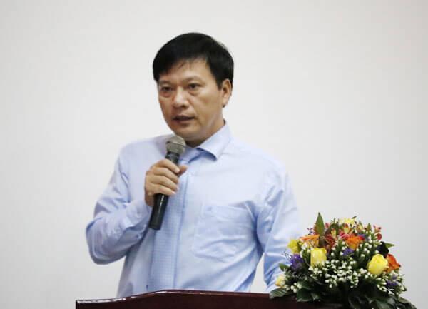 Ông Phan Thanh Liêm – Giám đốc Trung tâm Xúc tiến và Hỗ trợ Doanh nghiệp tỉnh Khánh Hoà phát biểu khai giảng khoá học