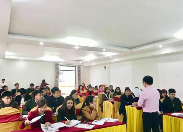Tổ chức lớp Kỹ năng bán hàng chuyên nghiệp tại Hà Tĩnh