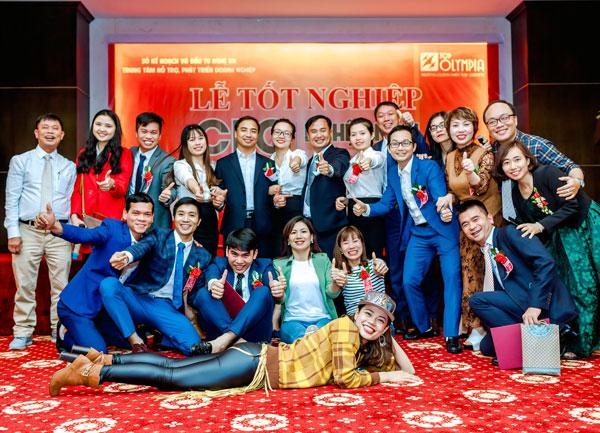 Bế giảng khóa giám đốc điều hành CEO K11 tại Nghệ An