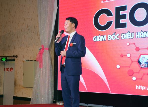 ông Cao Văn Thi phát biểu bế giảng khoá học