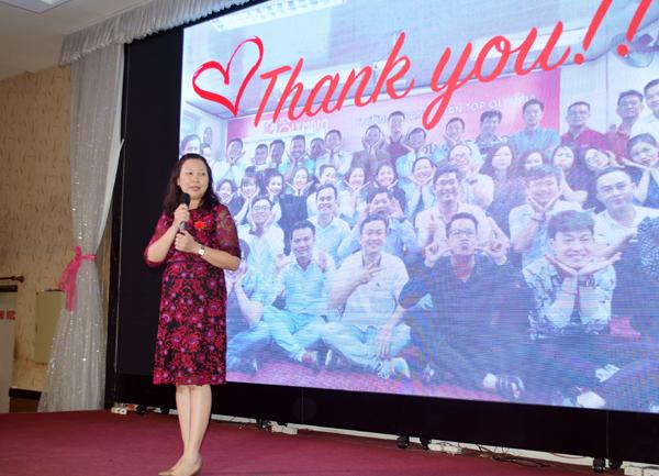 Lớp trưởng Bà Huỳnh Thị Tường Vân gửi lời cảm ơn
