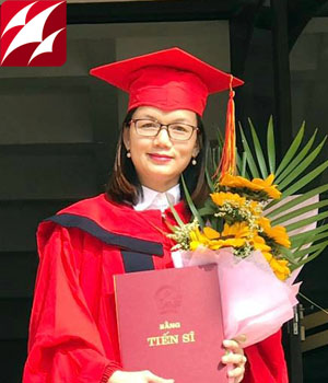 Tiến sĩ Phạm Thị Thúy Hằng