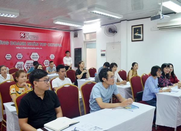 Ths. Vũ Thị Bích Quỳnh bắt đầu Chương trình đào tạo