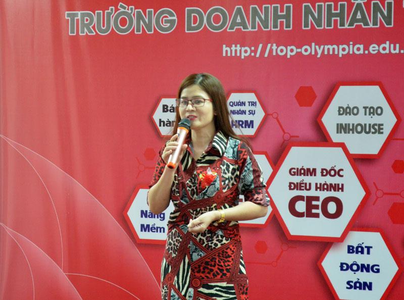 Bế giảng các khoá CEO K49, HRM K35 và MMM K20 tại Đà Nẵng