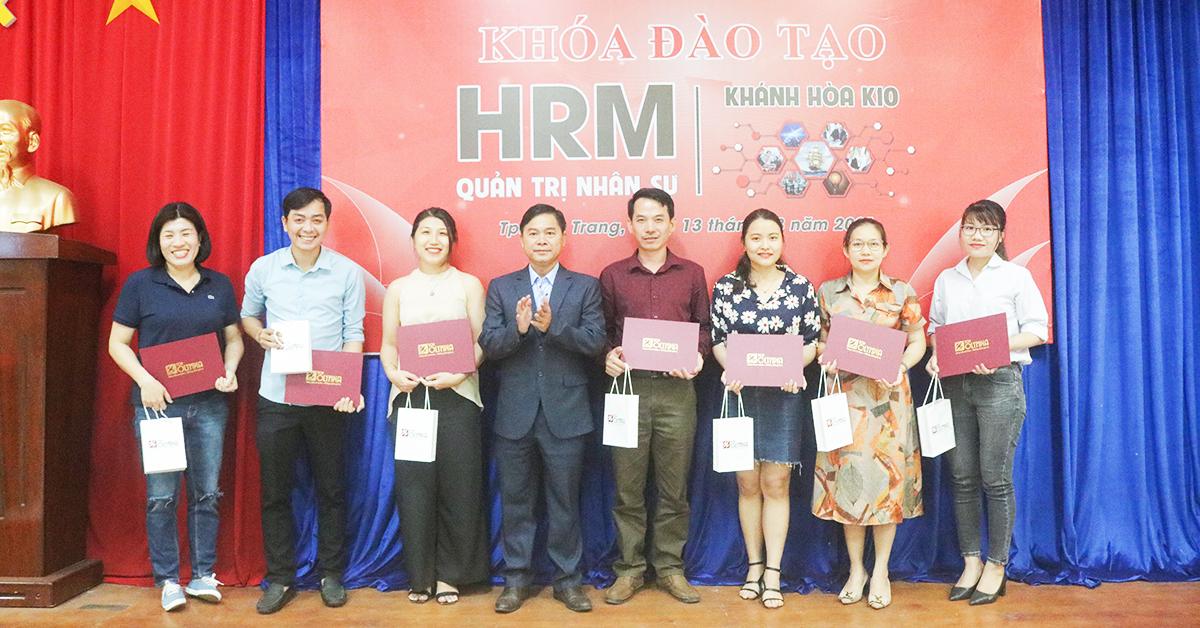 Tot Nghiep Hrm K10 Nha Trang 04 04 2021