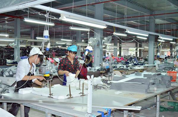 Tham quan học hỏi nhà máy may Minh Anh Kim Liên